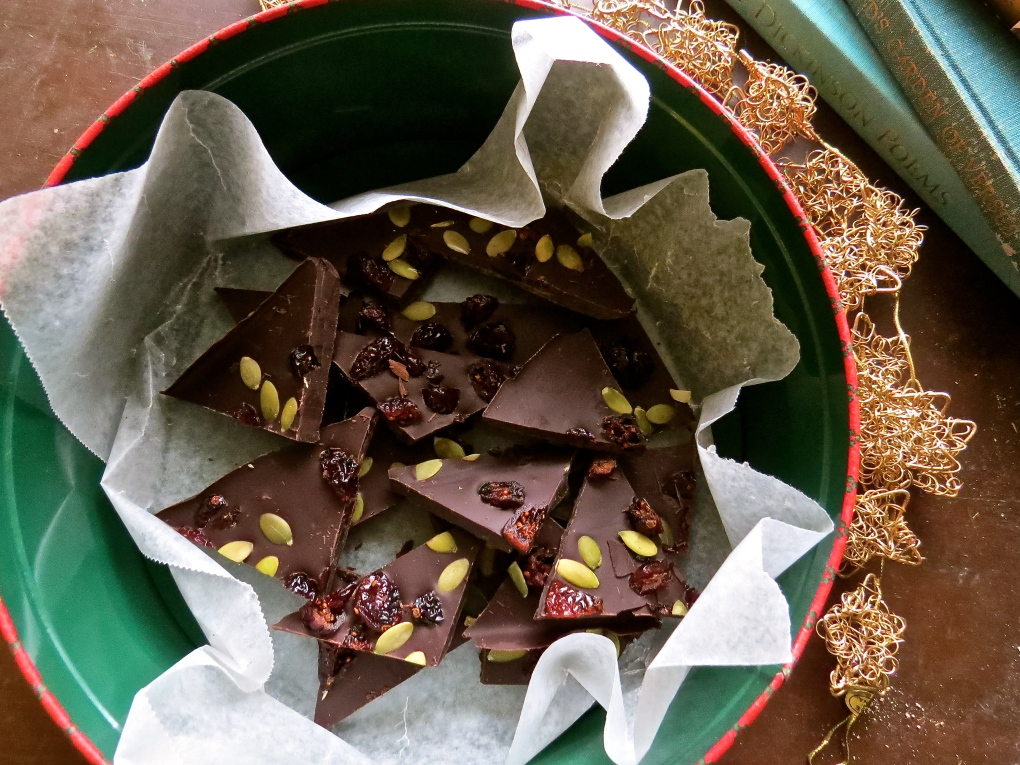 dark chocolate bark with cranberries and pumpkin seeds