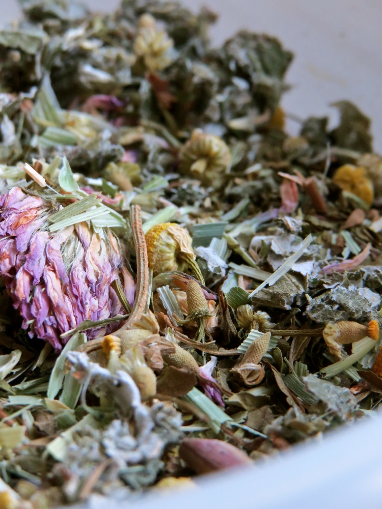 Healing herbs: oat straw, chamomile, nettle, red clover, raspberry leaf, peppermint.