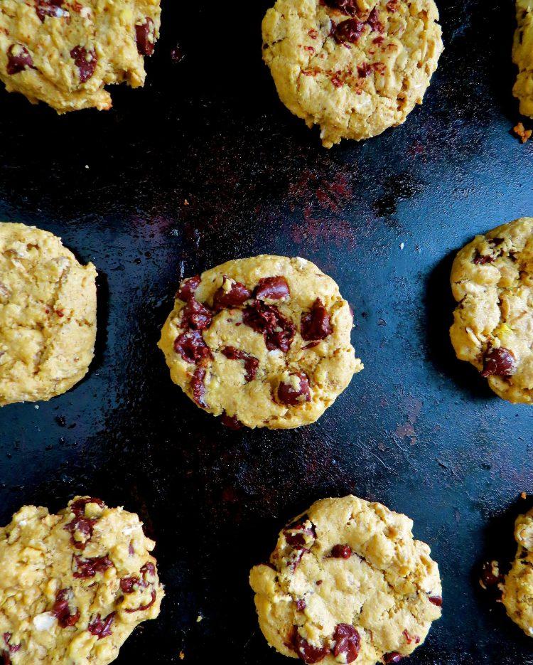 chewy chocolate chip chickpea cookies - vegan & gluten-free