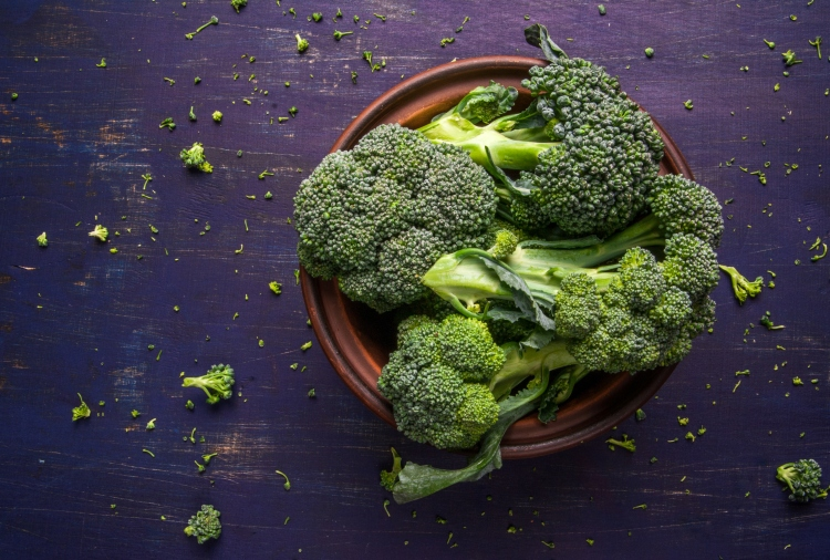 Fresh organic broccoli - 6 Ways to Love Your Liver